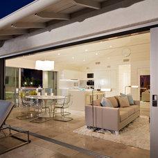 Beach Style Living Room by Solomon Interior Design, Inc.