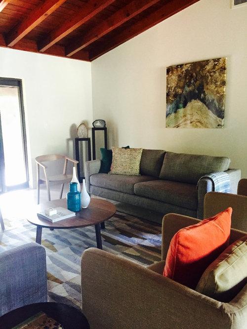 Medium sized enclosed living room design ideas for Medium sized living room