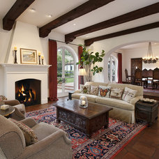 Traditional Living Room by DD Ford Construction, Inc