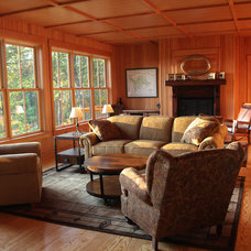 Craftsman Living Room by Sippican Partners Construction, LLC