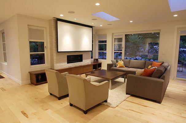 Contemporary Living Room by Blackfish Homes Ltd.