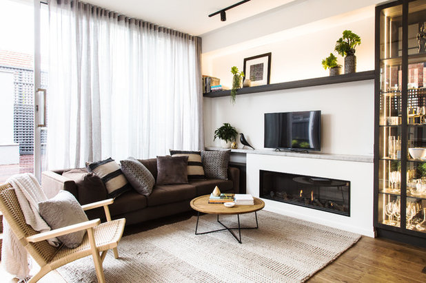 Contemporary Living Room by Suzi Appel Photography