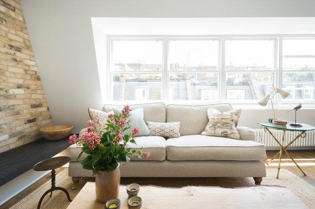 Transitional Living Room by Domus Nova