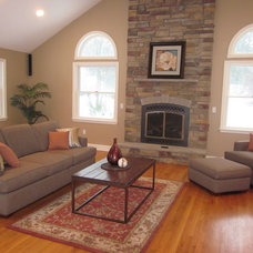 Traditional Living Room by Perfectly Placed for You