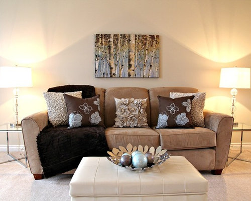Living Room   Contemporary Living Room Idea In Toronto With Beige Walls