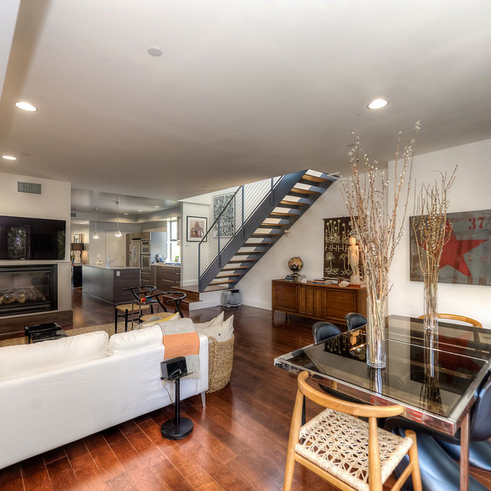 Staging-Harper Avenue West Hollywood