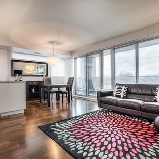 Staging2Sell Queensway 1