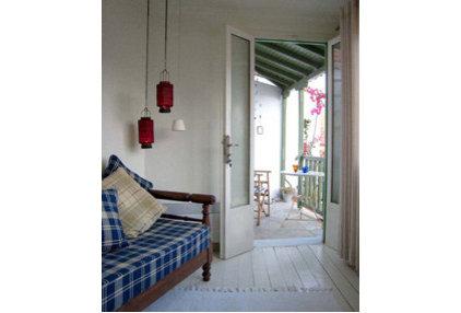 Traditional Living Room by Steeldaisy Associates
