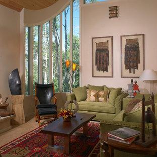 Foto de salón para visitas abierto, actual, grande, sin chimenea y televisor, con paredes blancas, moqueta y suelo beige
