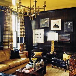 Mittelgroßes, Fernseherloses, Offenes Modernes Wohnzimmer mit schwarzer Wandfarbe in New York