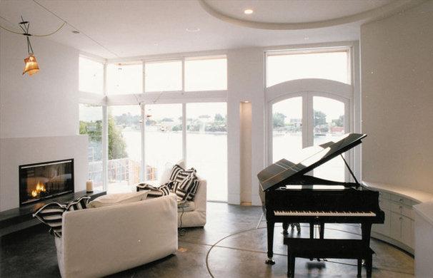 Contemporary Living Room by Mahoney Architects & Interiors