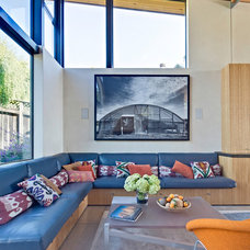 Beach Style Living Room by WA design