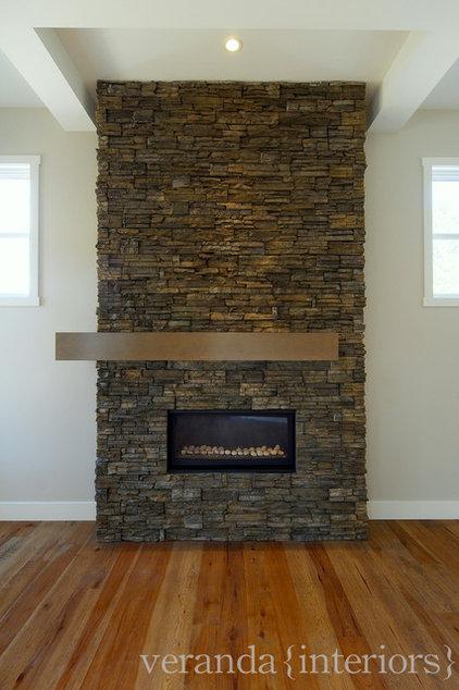 Contemporary Living Room by Veranda Estate Homes & Interiors