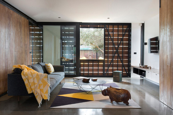 Contemporary Living Room by Breathe Architecture