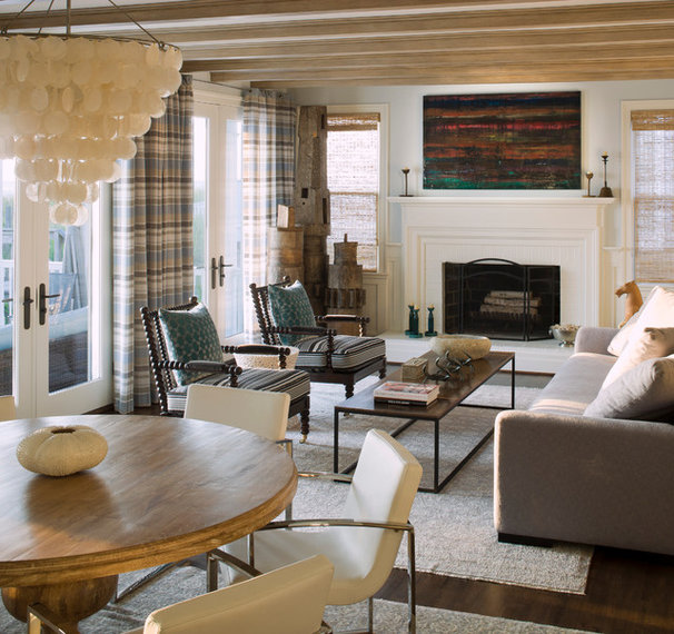 Beach Style Family Room by Penza Bailey Architects