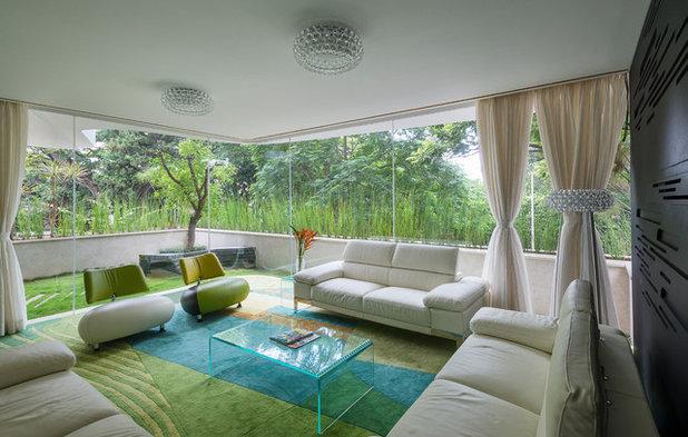 Contemporary Living Room Strata
