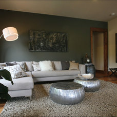Contemporary Living Room by Imagine Home Staging and Design