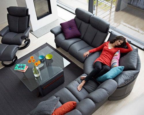 Contemporary Living Room Idea In Orange County
