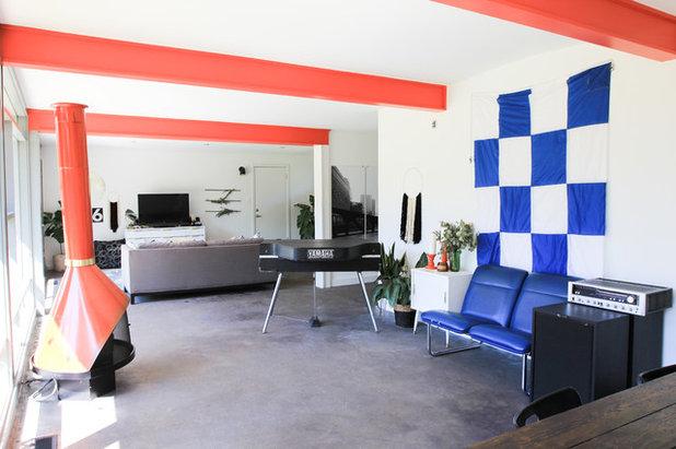 Fancy Midcentury Living Room Studio