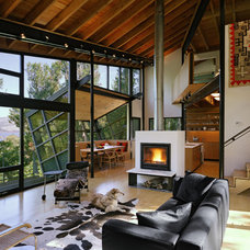 Modern Living Room by STUDIOS Architecture