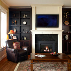 traditional living room by Wallmark Homes