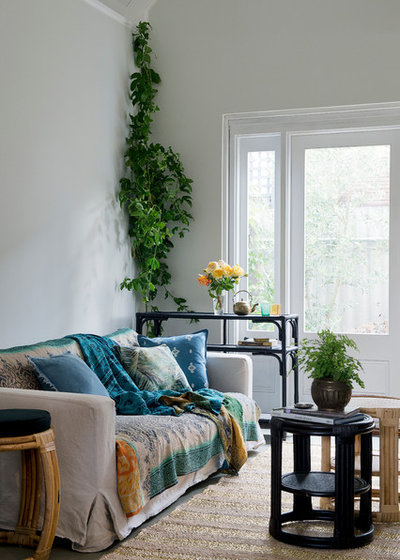 Tropical Living Room by Bowerhouse