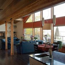 Rustic Living Room by Ergo Design Studio Inc.