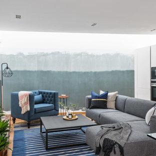 Sunny 2 Bed Apartment, St Pancras