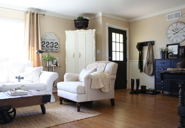 Traditional Living Room by Jennifer Grey Interiors Design & Color Specialist
