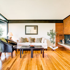 Modern Living Room by FJU Photography
