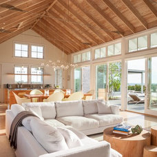 Beach Style Living Room by Aquidneck Properties