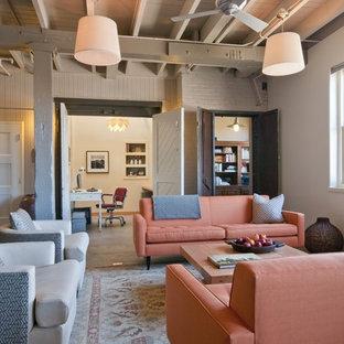 Неиссякаемый источник вдохновения для домашнего уюта: гостиная комната в стиле рустика с белыми стенами
