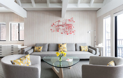 Houzz Tour: Snowy White Makeover for a Lake Tahoe Condo