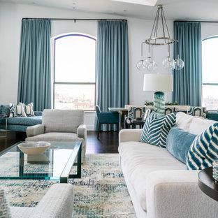 Foto di un grande soggiorno stile marino stile loft con pareti bianche e parquet scuro