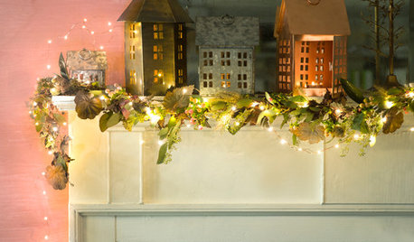 14 Christmas Mantelpiece Decorating Ideas