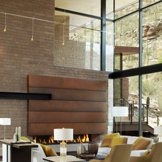 Contemporary Living Room by Kevin B Howard Architects, AIA