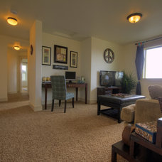 Traditional Living Room by Coleman Homes