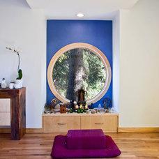 Midcentury Living Room by BARRETT STUDIO architects