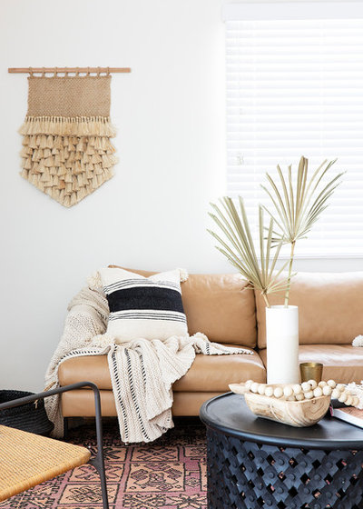 Beach Style Living Room by Jessi Eve
