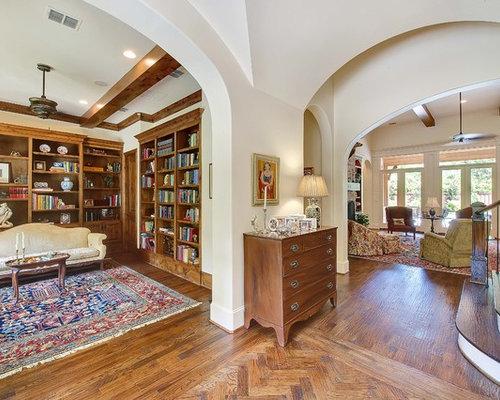 Medium size living room design ideas renovations photos for Medium sized living room