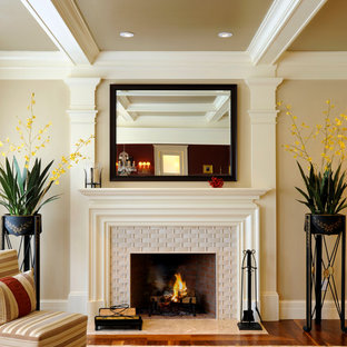 75 Most Popular Beige Living Room with a Tile Fireplace Design Ideas for 2018 - Stylish Beige Living Room with a Tile Fireplace Remodeling Pictures | Houzz