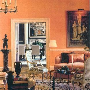 Elegant living room photo in Chicago