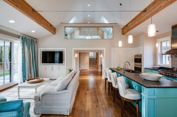 Contemporary Living Room by Phi Builders + Architects