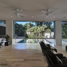Modern Living Room by Phantom Screens