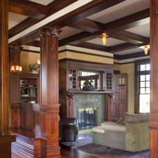 Craftsman Living Room by Alan Mascord Design Associates Inc