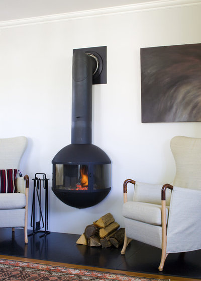 8 Stunning Suspended Fireplaces in Every Shape