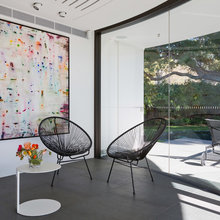 How to Use Artwork to Make Buyers Fall in Love With Your Home
