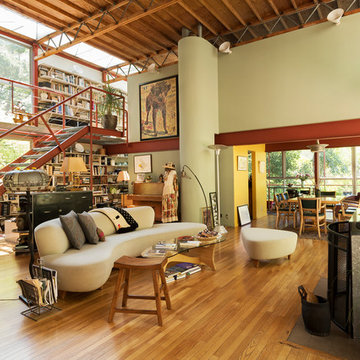 The Side-by-Side Homes That Friendship Built