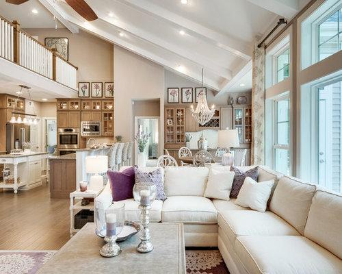 Soggiorno shabby-chic style con pareti viola - Foto e Idee per Arredare