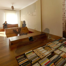 Modern Living Room by .27 Architects